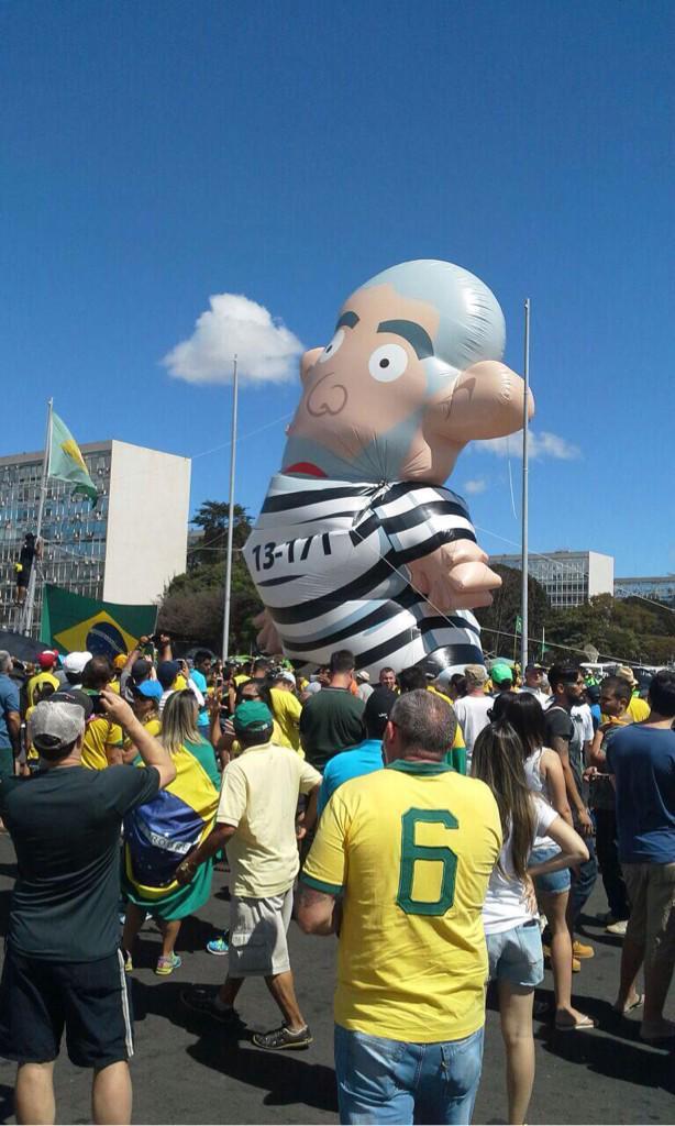 Lula inflável_16 Agosto 2015__001