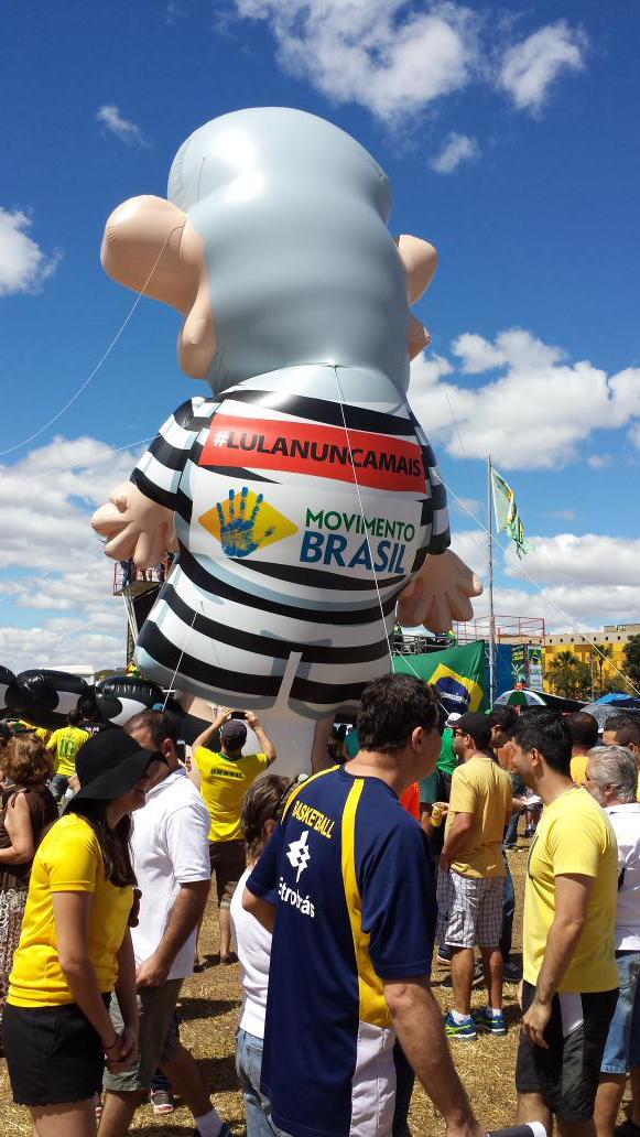 Lula inflável_16 Agosto 2015__007