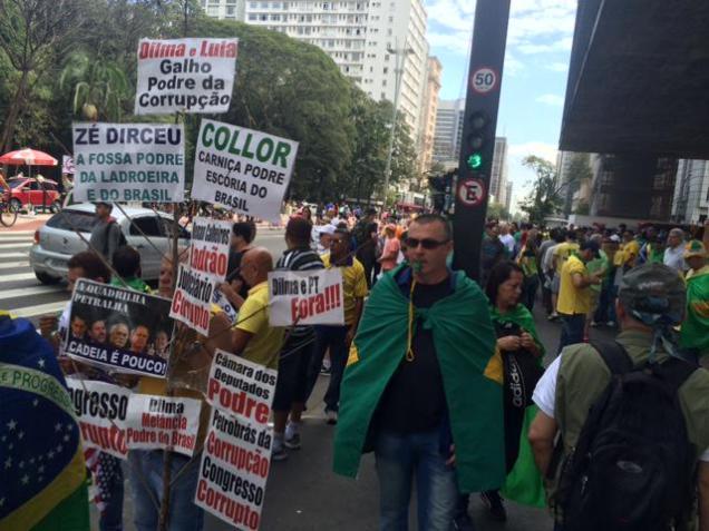 Protestos_16 Agosto 2015__003