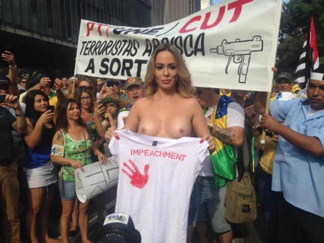 Protestos_16 Agosto 2015__015