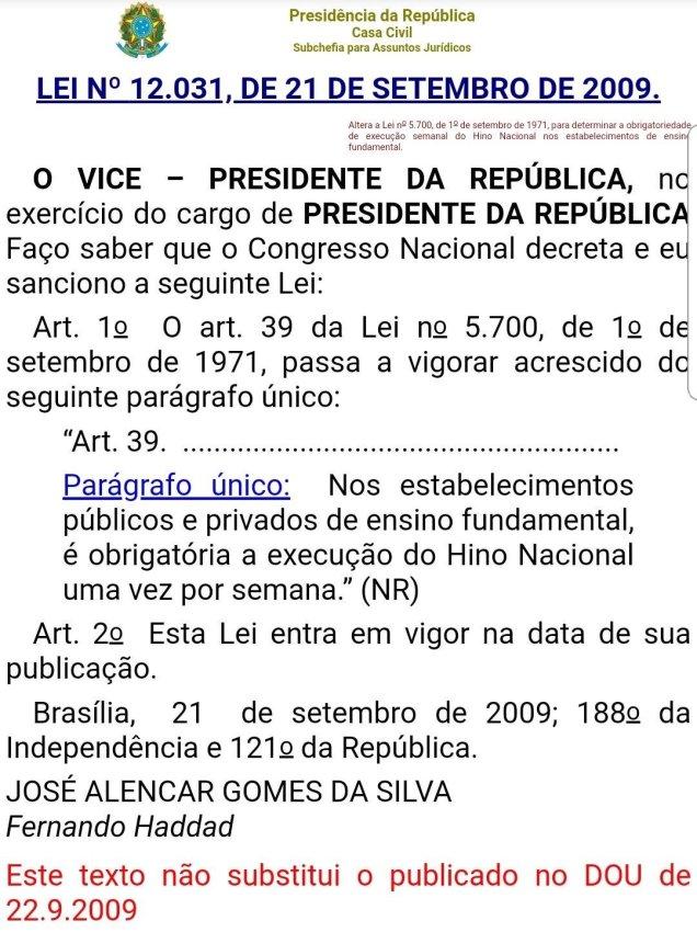 """51f5e533427 Os problemas começam quando um Ministro de Estado quer usar escolas para  divulgar o slogan de um político (""""Brasil acima de tudo. Deus acima de todos !"""